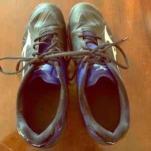 Women's 11 Mizuno Wave Lightening Volleyball Shoes